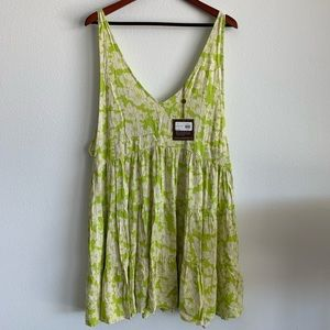 ACACIA HAVANA DRESS IN NEON MAGNOLIA PRONT